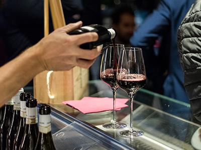 Bicchieri vino rosso Casa Roma