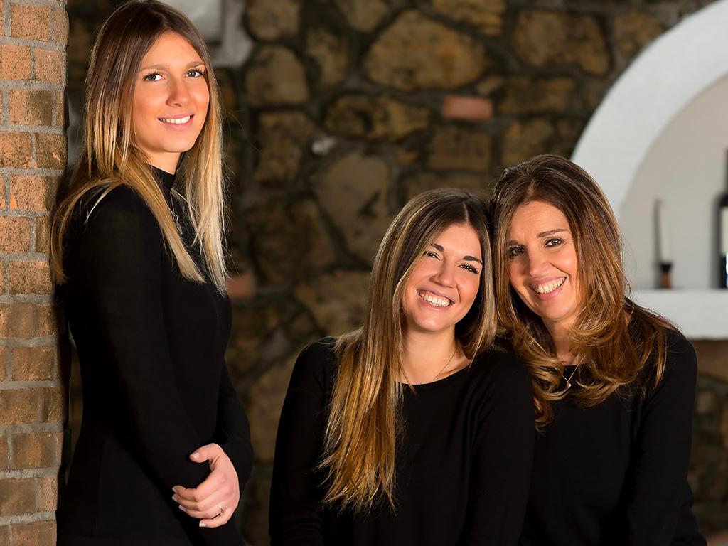 L'Azienda dal 1984 è di proprietà della famiglia Borghese. Se ne occupa a tempo pieno la figlia Roberta, giovane friulana, che ad una grande e coinvolgente passione, unisce le capacità professionali per il costante aggiornamento presso famose aziende francesi, californiane e italiane. Si occupa in prima persona della conduzione dei vigneti, delle tecniche di cantina e della promozione dei propri vini. Da pochi anni sono entrate nell'azienda anche le figlie, Lisa e Nicole che con grande passione seguono i passi della madre.
