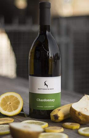 Die Classic Linie zeigt die Vielfalt unseres Sortiments auf. Acht Weißweine, ein Rosé und fünf Rotweine stehen zur Auswahl.